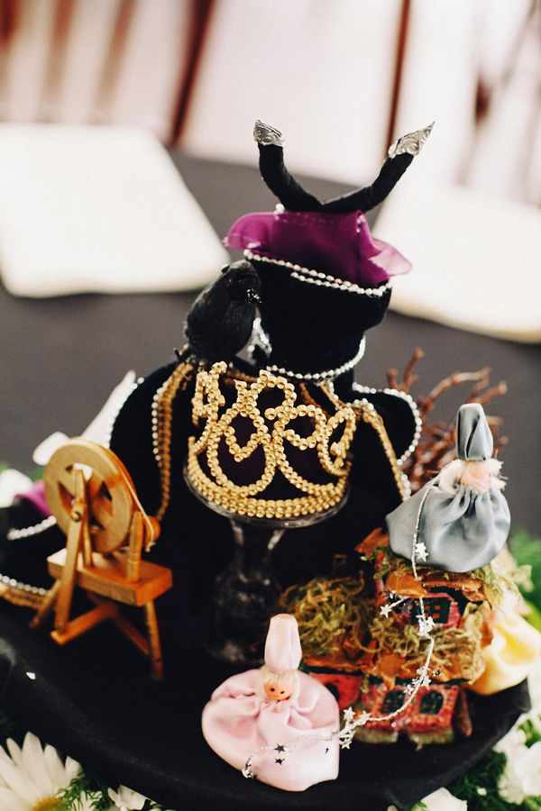 1000 images about centerpieces on pinterest disney for Disney themed wedding centerpieces