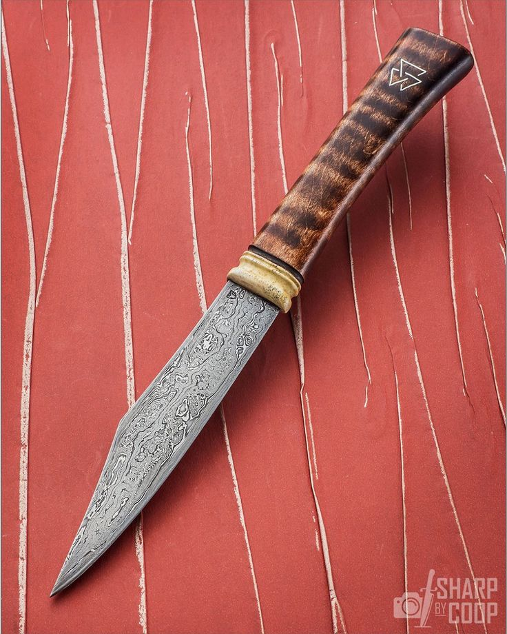 """@SwordMatt Parkinson, JS is manning his table with utility knives and up to swords. Here is a smart 6"""" blade which could easily be used in the kitchen, too! ____________ NOTE: I do NOT know prices or availability. Please search maker or dealer in text for more info. #knifepics #knifephoto #sharpbycoop #knives #knifenut #knifestagram #knifecommunity #knifeporn #knifecollection #allknivesdaily #customknives #everyday_tactical #grailknives #photooftheday #picoftheday #dailybadass #everydaycarry…"""