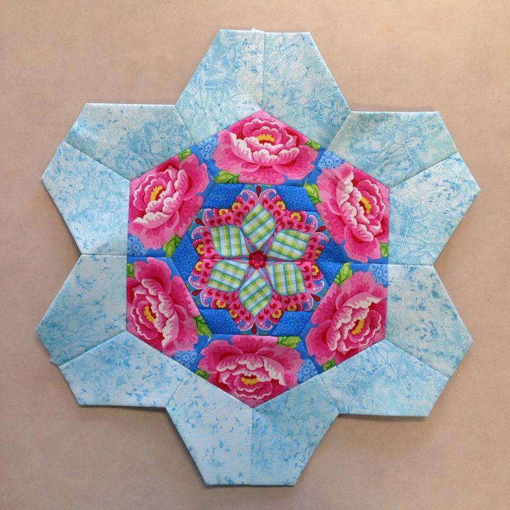 Katja Marek's The New Hexagon - Millefiore Quilt-Along: Rosette 3: Round 1 done. By Tracy Pierceall, 3/4/2015