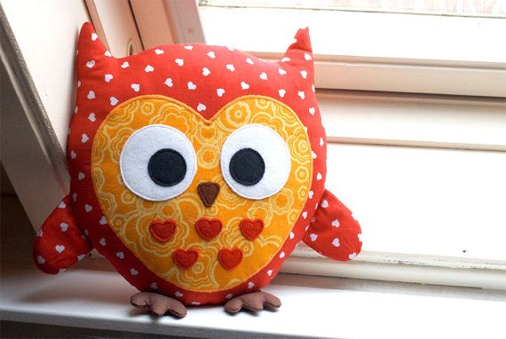 Owl sewing pattern stuffed animal tutorial PDF by DIYFluffies - seems fairly easy - two body patterns, one with detail applique, wings and feet sewn like pockets, turn it out, stuff, stitch closed