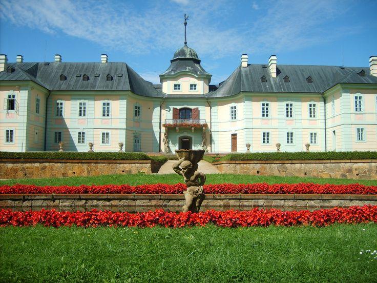 Castle in MANETIN #plzen2015 #baroko #baroque
