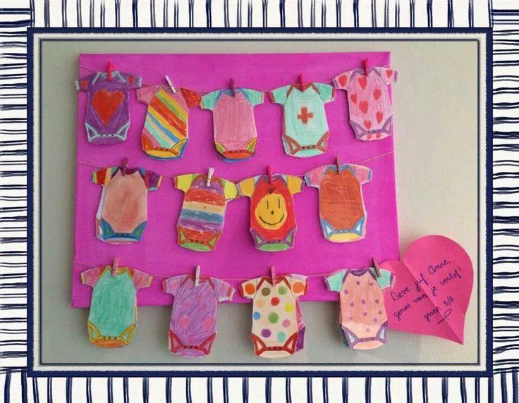 Cadeautje bij geboorte door kinderen gemaakt