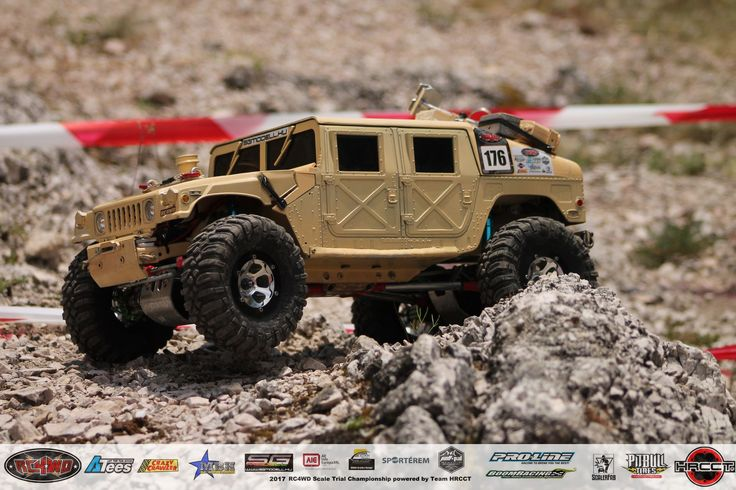 Hungarian Rc Crawler and Scale 4x4 Rc Trial Club_Brumca -AM General HMMWV-M1044_Budaörs_2017