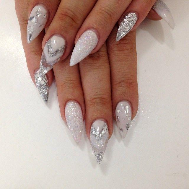 nailsbyplush | Instagrin | white glitter nail art on stiletto nails