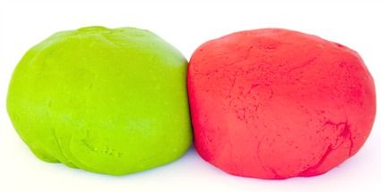 #Homemade #playdough recipe to make your own play dough. This recipe for playdough requires common and cheap household ingredients and very little time and effort. - See more at: http://www.kids-crafts-fun-and-games.com/playdough-recipe.html