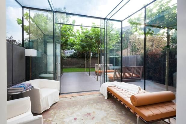 Glass cube, minimalist - This would be great for a modern townhouse extension.