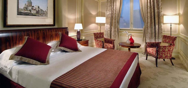 Luxury Hotel Accommodation Milan. Hotel Principe Di Savoia offering 5 star hotel rooms and suites in Milan Italy.