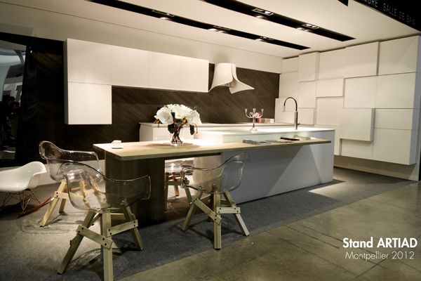Eco Stone France Kitchen bei design-mwm.de unter https://design-mwm.de/echtstein-duennschiefer-vlexstone/