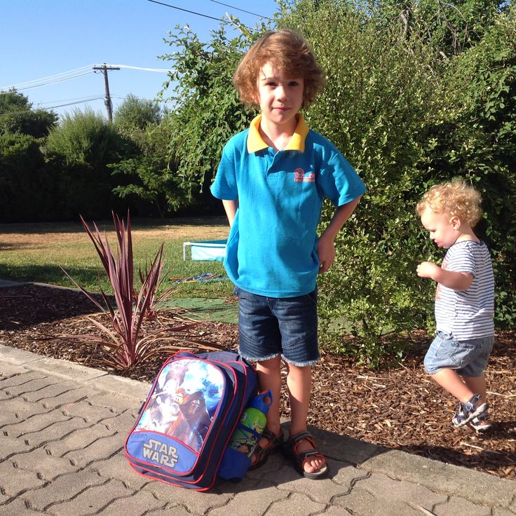 Cillian's 1st day of kindy Jan 2017 - photobombed by Lorcan