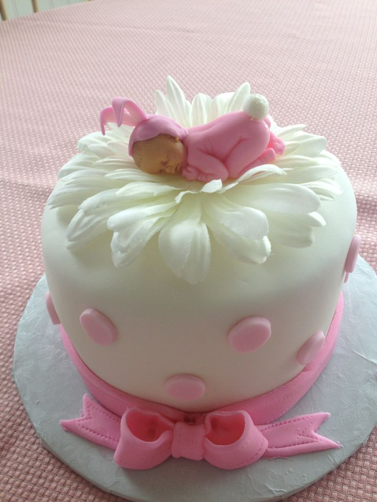 Easter+Baby+Cake+-+5+inch+cake+with+fondant.+Baby+is+fondant+and+flower+is+silk.+TFL