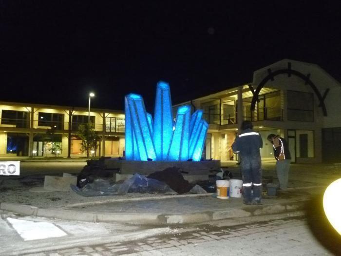 Fuente de vidrio iluminada con lamparas de led con cambios de colores