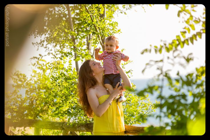 #baby #family #mother #babyphotoshooting #park #sunnyday #son