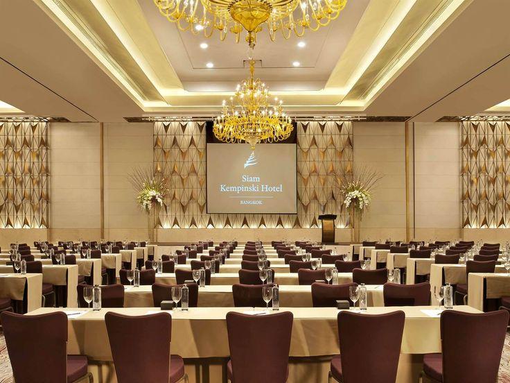 Wranovsky chandeliers in a 5 star Siam Kempinski Hotel in Bangkok.