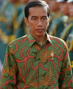 Indonesian President Joko Widodo in a wonderful batik shirt.