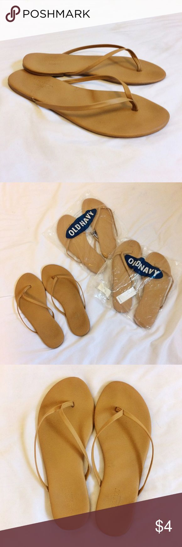 Old navy neutral flip flops Old navy flip flops, never worn and still in packaging! (Used the pair I do wear to take photos) super comfy, don't hurt my feet when walking. Good neutral color goes with anything. Runs a tad large. Old Navy Shoes Sandals