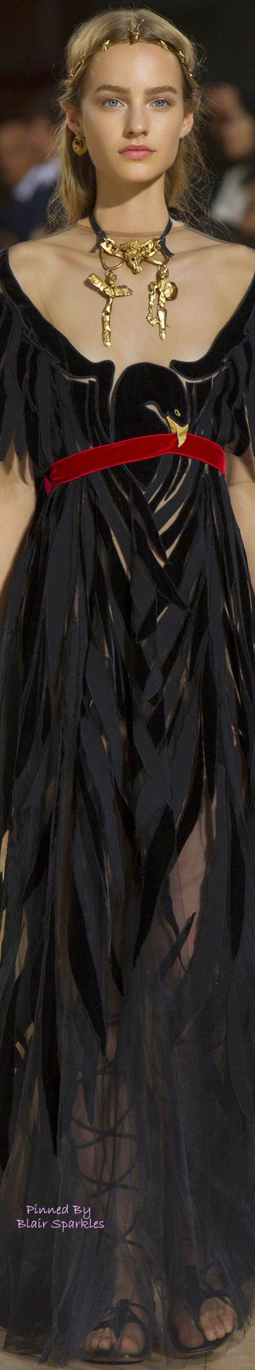 Valentino.Da série acessórios poderosos.Beautiful Colar.Headband|