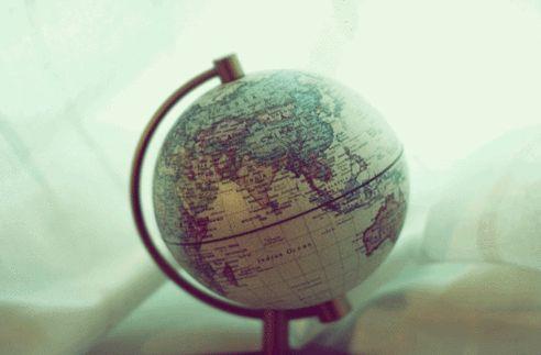 Όσο η γη γυρίζει… τα ταξίδια θα κάνουν τη ζωή μας πιο όμορφη! Traveling makes the world go round!