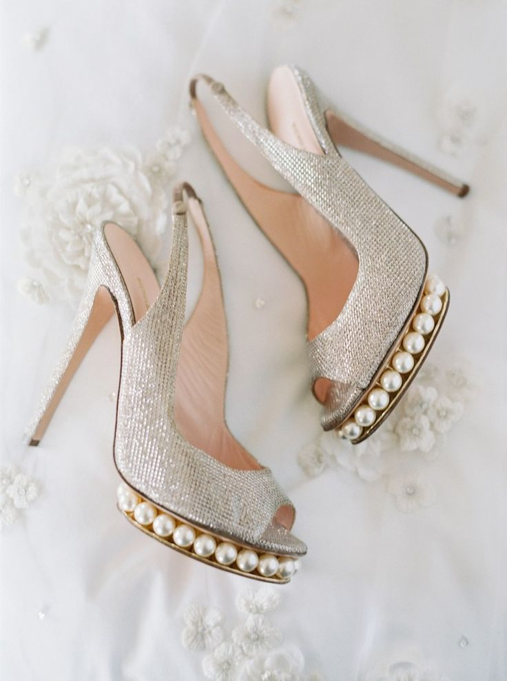 """A Romantic Miami Wedding with a """"Garden by the Sea"""" Theme   Brides.com"""