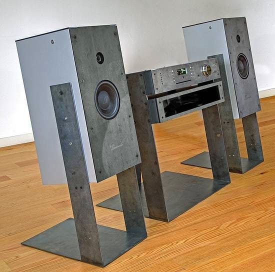 Mono and Stereo High-End Audio Magazine: Burmester PHASE 3 audio system NEW