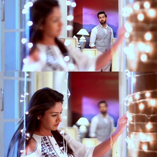The way he stares at her !!  Upcoming epi Nov 7th #ishqbaaz #ishqbaaaz