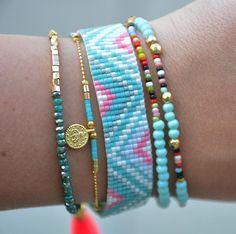 Miyuki armband gecombineerd met fijne armbandjes.   Beautiful armcandy!