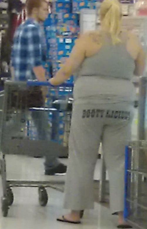 How To Pick Up Guys at Walmart - Funny Pictures at Walmart