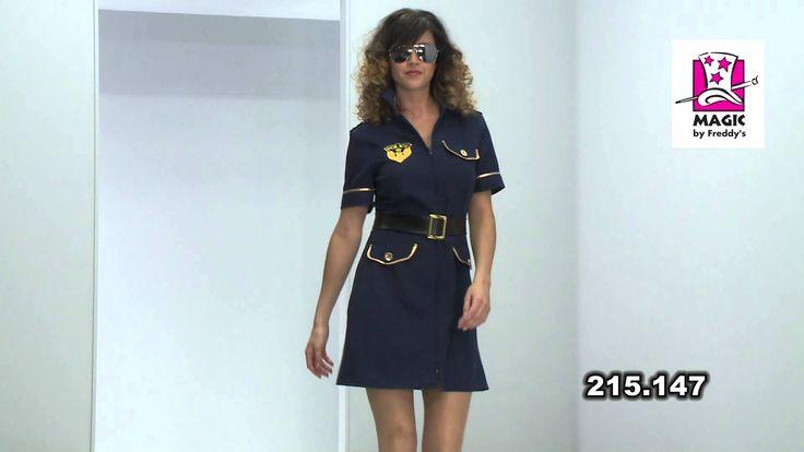 Déguisements policière femme http://www.baiskadreams.com/4068-deguisement-policiere-femme-luxe.html