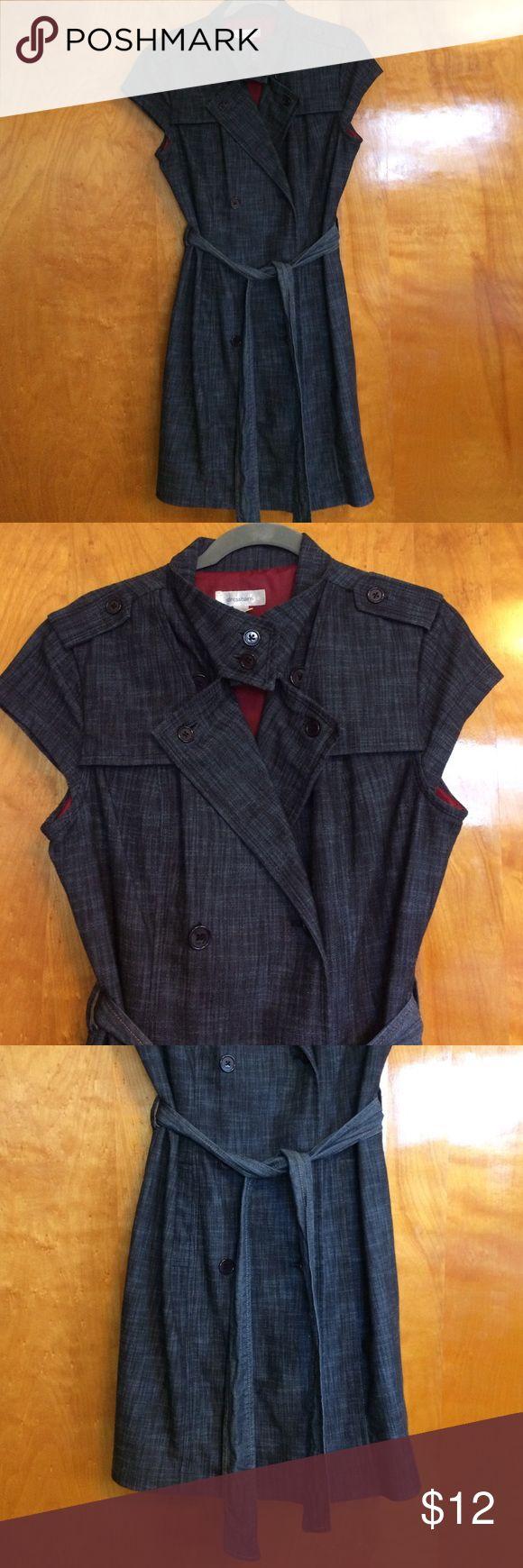Work jean dress Versatile denim dress. Front pockets, slit on bottom back for comfort and fully lined. Dress Barn Dresses Midi