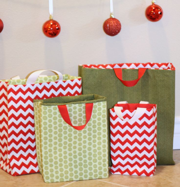 Make your own reusable gift bags with this fabric gifts bags tutorial. Perfect for holidays, birthdays and more!