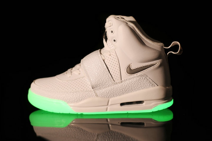 Air Yeezy White shoes