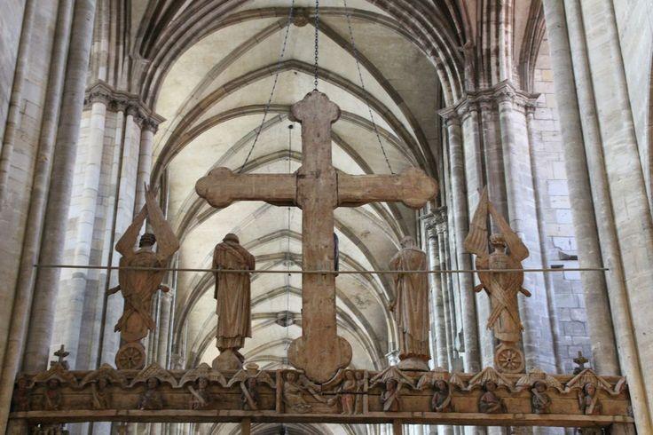 Holzkreuz am Lettner, Dom von Halberstadt