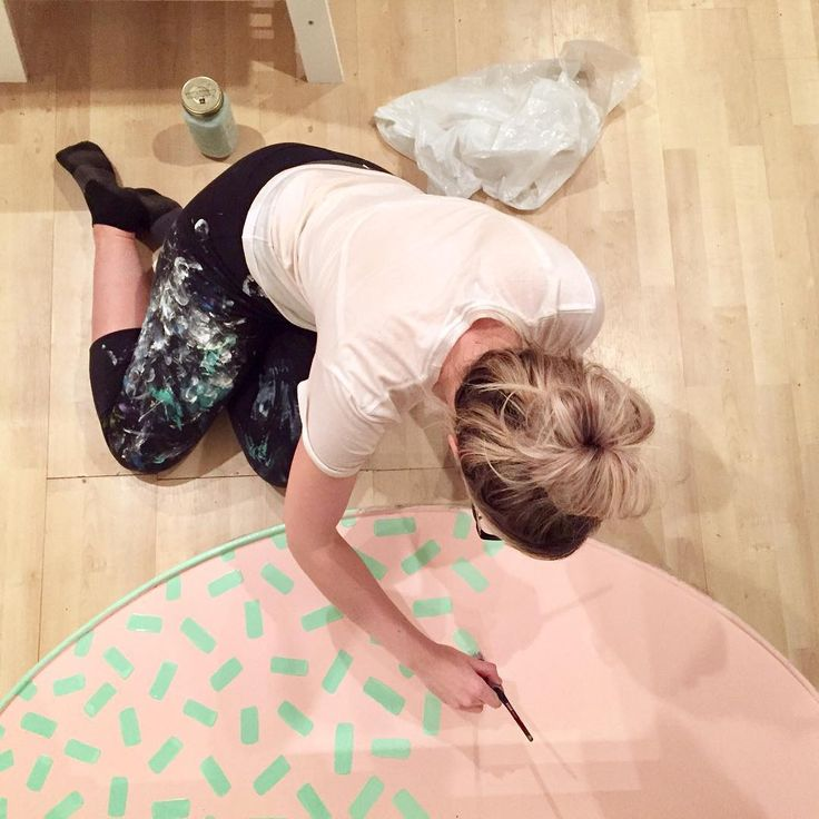 """274 Likes, 9 Comments - Kirsten McCrea (@hello.kirsten) on Instagram: """"Painting my floor crazy colours because I caaaaaaan 🍾 aka adding some bling to the @Papirmass…"""""""