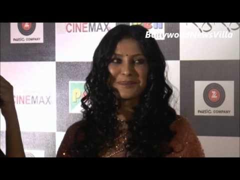 Nandana Sen gorgeous in saree at the premiere of RANG RASIYA.