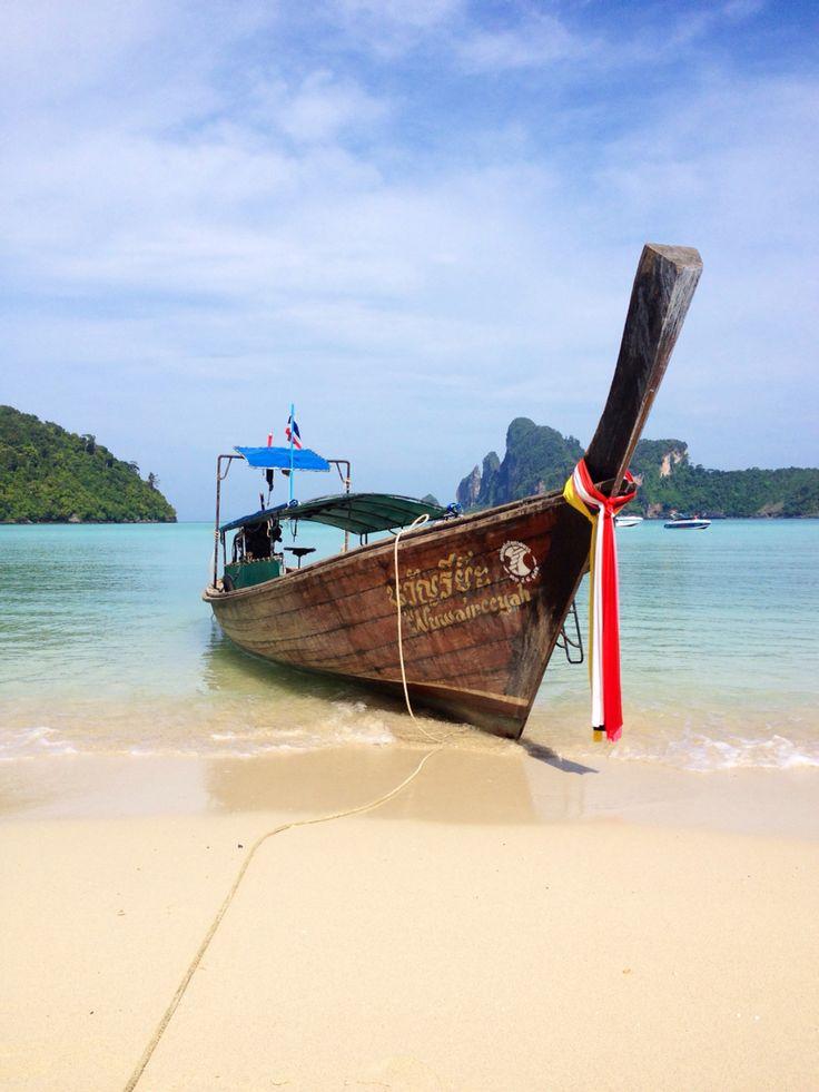 Boat in Thailand / Phi Phi Island
