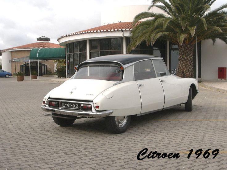 """Citroen 1969, modelo ID 20 ou """"Boca de Sapo""""."""