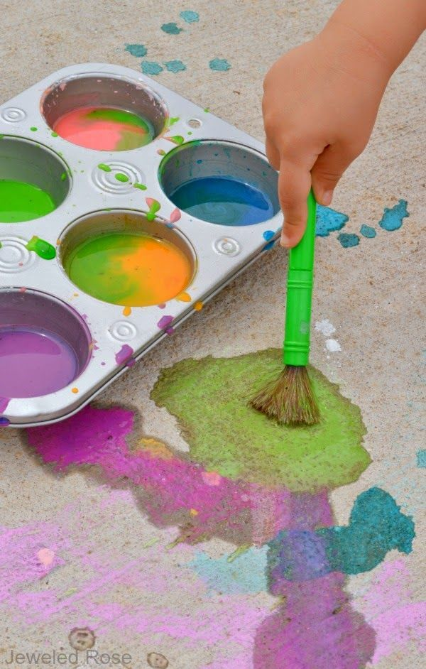 3 ingredient sidewalk paint recipe' the colors are so vibrant, and the paints smell amazing!