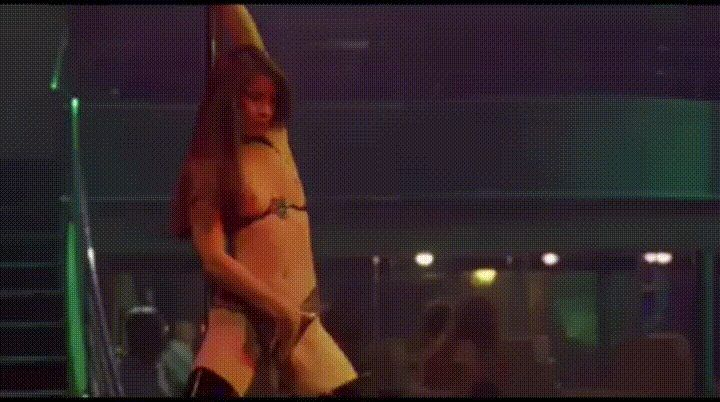 [NSFW} Who needs big boobs when you're as hot and sexy as Lucy Liu!