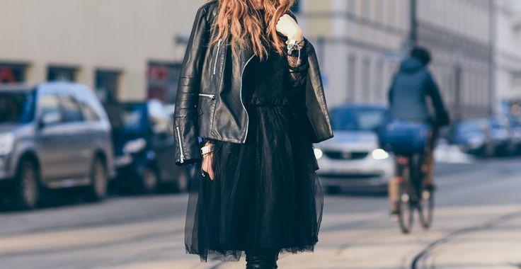 #tulle #skirt #black #streetstyle #leatherjacket #fashionweek #outfit http://fashiontipp.com