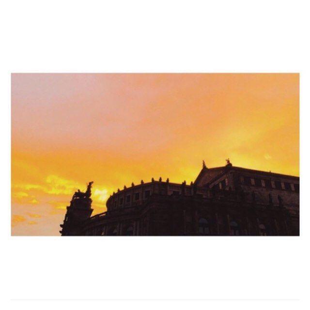 Car #Paris sera toujours Paris avec l'#Opera #Garnier et le soleil couchant. #ballet#scenery#romance