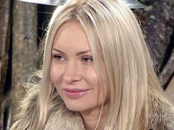 Дом 2 новости и слухи Элина Камирен требует от шоу 15 млн рублей за скандальное ВИДЕО - TOP News.RU
