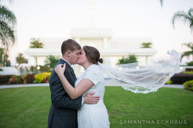 Orlando Florida Temple mormon wedding in Windermere, Florida featuring Sweetheart Bridal wedding dress and Cloud 9 Wedding Flowers by Corner House Photography