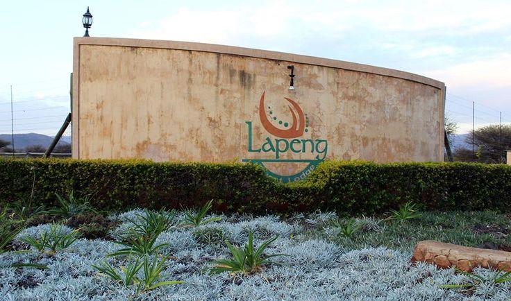 Lapeng Guest Lodge - Entrance