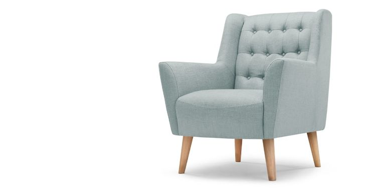 Quentin fauteuil in ijsblauw | made.com