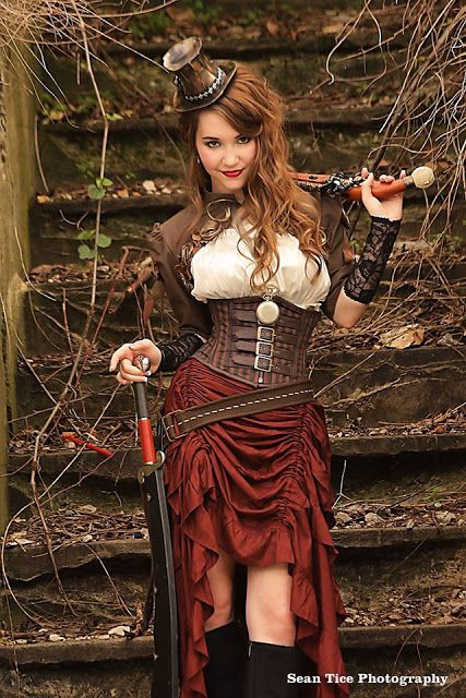 Steampunk Fall Fashion 2016 - For costume tutorials, clothing guide, fashion inspiration photo gallery, calendar of Steampunk events, & more, visit SteampunkFashionGuide.com