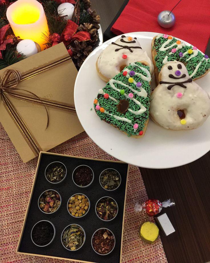 Petite 9 christmas packaging