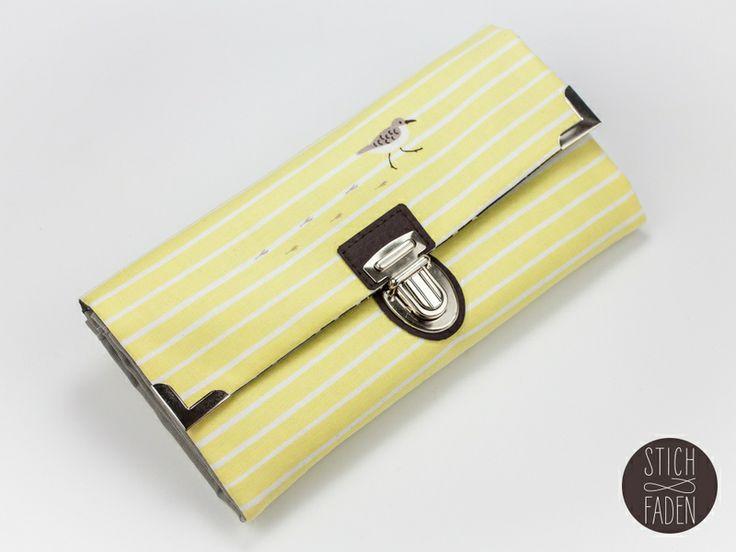 Portemonnaie Möwe maritim gelb weiß braun von Stich & Faden auf DaWanda.com