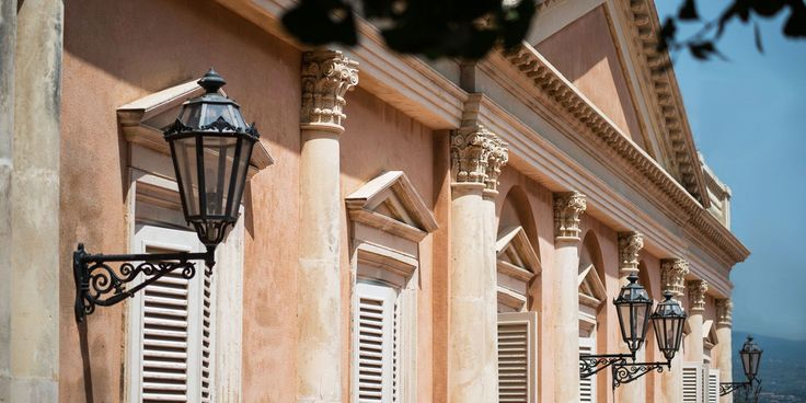 Neoclassical facade of Villa La Limonaia in Sicily | www.villalalimonaia.it | #villalalimonaia