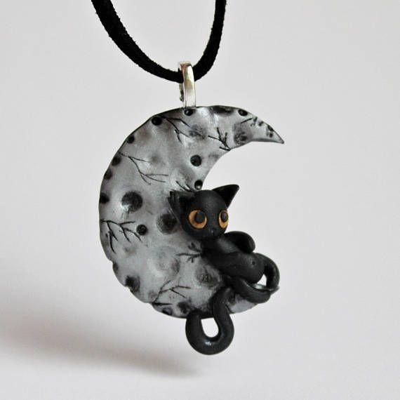 collier lune pour chat