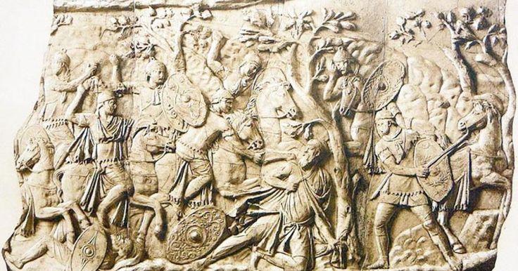 Cei mai viteji şi mai drepţi dintre traci. Astfel erau caracterizaţi geţii de istoricul grec Herodot, cel care a oferit primele descrieri elaborate ale popoarelor care în urmă cu aproape două milenii şi jumătate ocupau ţinuturile actualei Românii. Tot Herodot îi prezenta pe strămoşii geţi (daci) drept oameni care se credeau nemuritori, iar aceast lucru i se datora zeului lor, Zamolxis.