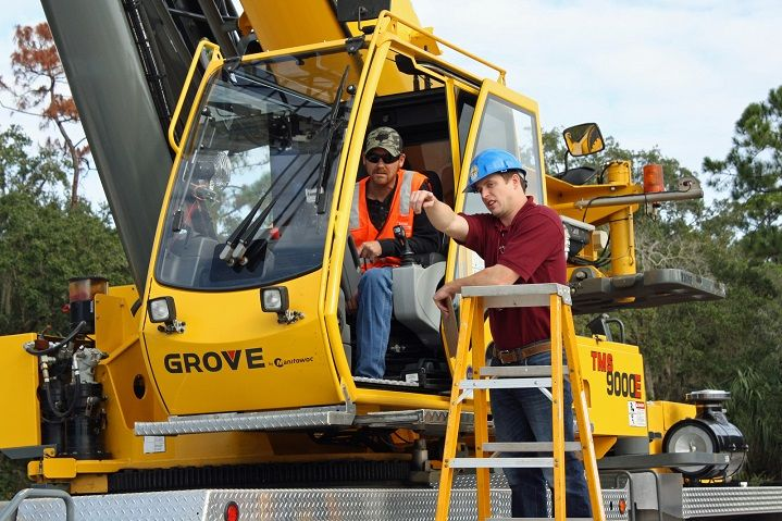 The Road to Becoming a Crane Operator
